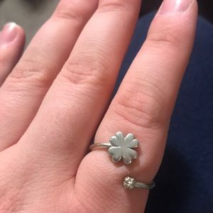 Alex and Ani four leaf clover ring